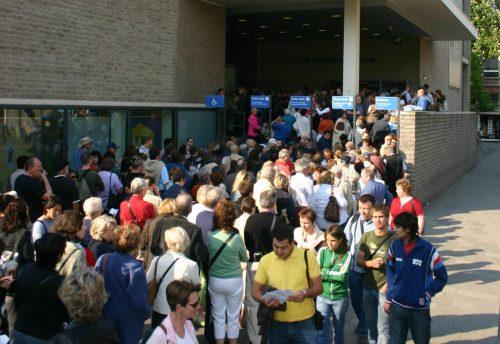 Van-Gogh-Museum-queues