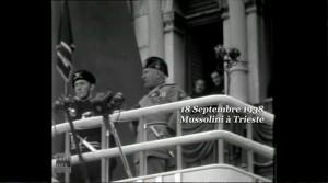 """Extrait de Mussolini a Trieste (ANCR  1938)  in """"Résistance Naturelle"""" (01:01:06)"""