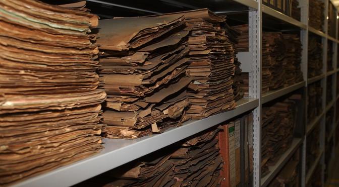 Angebot/Offre: Recherches aux archives parisiennes