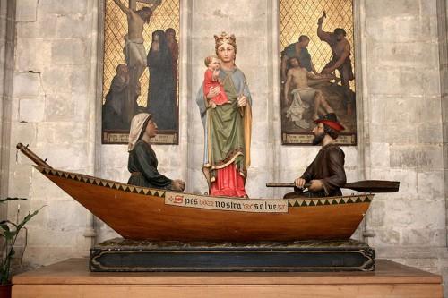Beatrice y su esposo con la imagen milagrosa. Notre Dame du Sablon Bruselas. Fuente: By Michel wal (Own work) [GFDL or CC BY-SA 3.0], via Wikimedia Commons