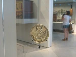Carlos V. Medalla de Hans Reinhardt el Viejo, 1537. Londres, V&A. Fotografía de JFPM, CC-By-NC 4.0 Internacional.