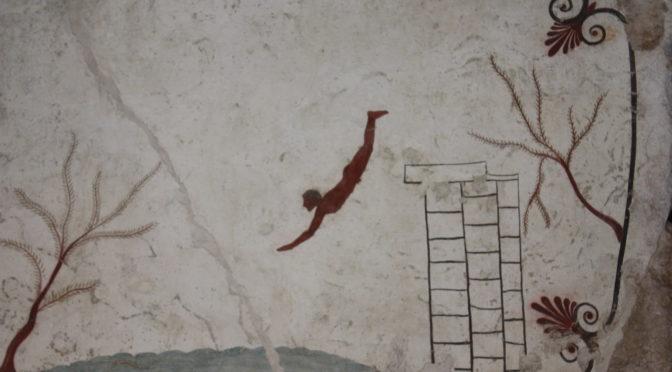 Tombe du plongeur, Musée de Paestum, Campanie, Juillet 2013, phogr. V. Ginouvès, peinture dans le domaine public, CC-BY-NC