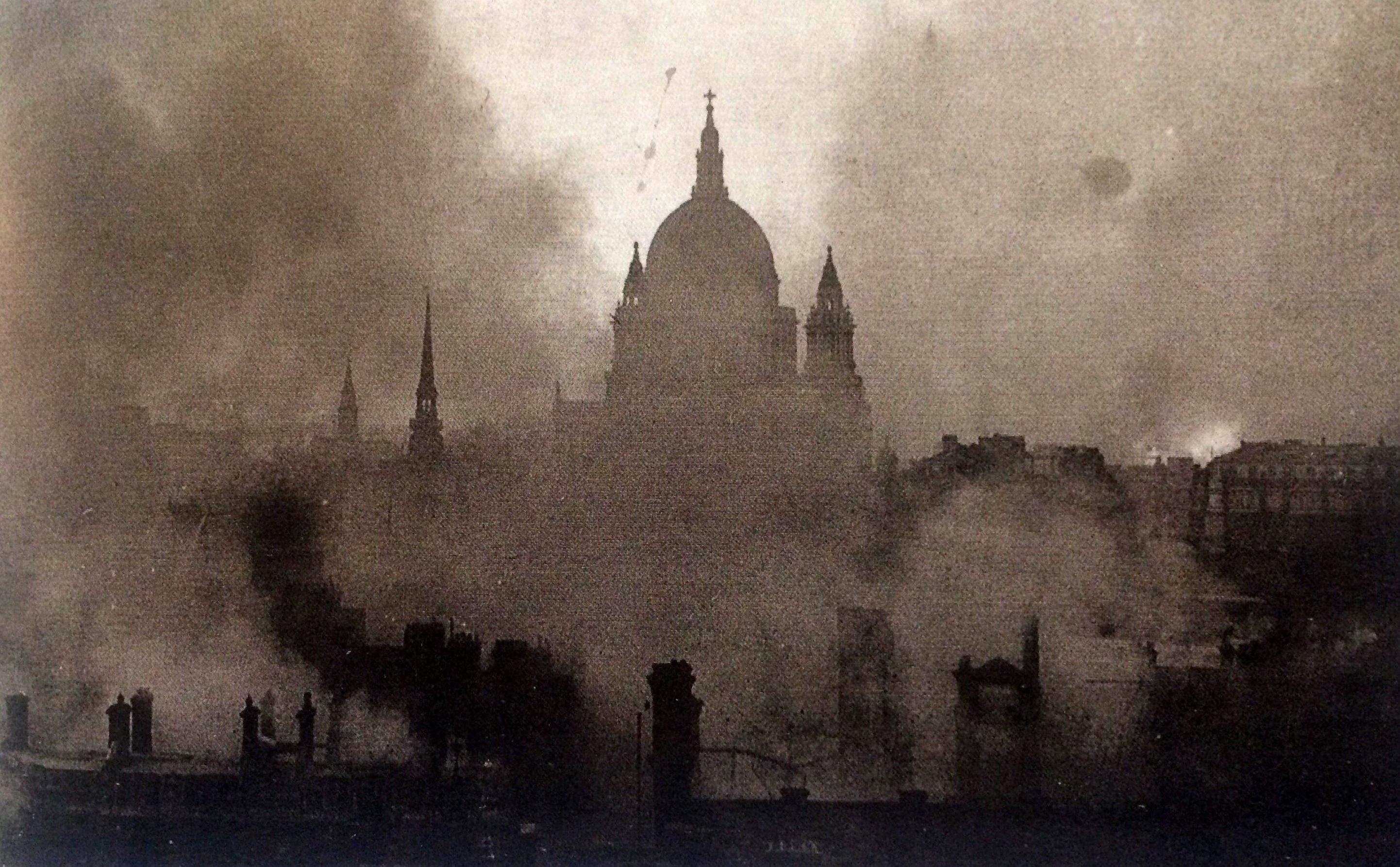 aus: Boyle, David, World War II - A Photographic History, London 2001, S. 11.