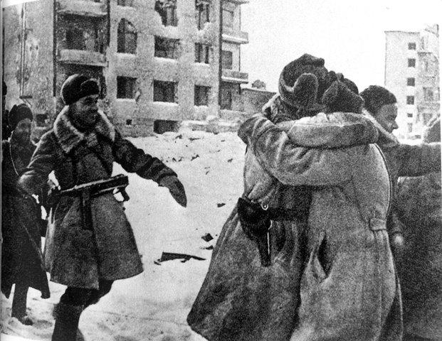 Aus: Knopp, Guido, Entscheidung Stalingrad, München 1992, S. 243. Scan des Autirs / Keine Wiederverwendung erlaubt.