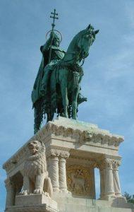 Statue von Stephan I. auf der Fischerbastei in Budapest, Foto: Ben Godfrey, Wikimedia Commons