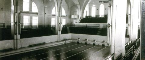 Seit 1963 wurde das Gebäude derPetrikirche als Schwimmbad genutzt. Foto: Archiv der Petrikirche/drb.ru