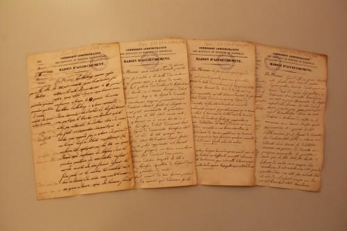 Fonds Villeneuve - Premières fiches d'accouchement de l'année 1832 Bibliothèque de Médecine-Odontologie Timone