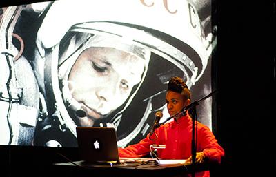 LUNDI 18 MARS – Kapwani Kiwanga, anthropologue du futur : autour d'Afrogalactica (2011)