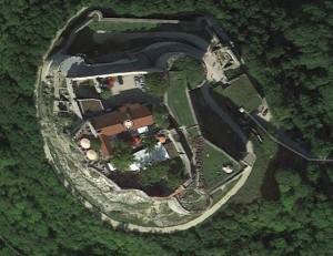 Hohenneuffen. Quelle: Google Earth.