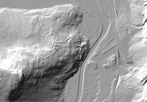 Schummerungsbild der Porta Claudia. Erstellt mit QGis und tiris