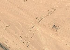 Gräben bei Ageroud. Quelle: Google Earth.