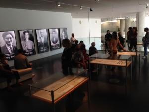 """exposition au musée d'Histoire """"100 portraits de l'exil"""""""