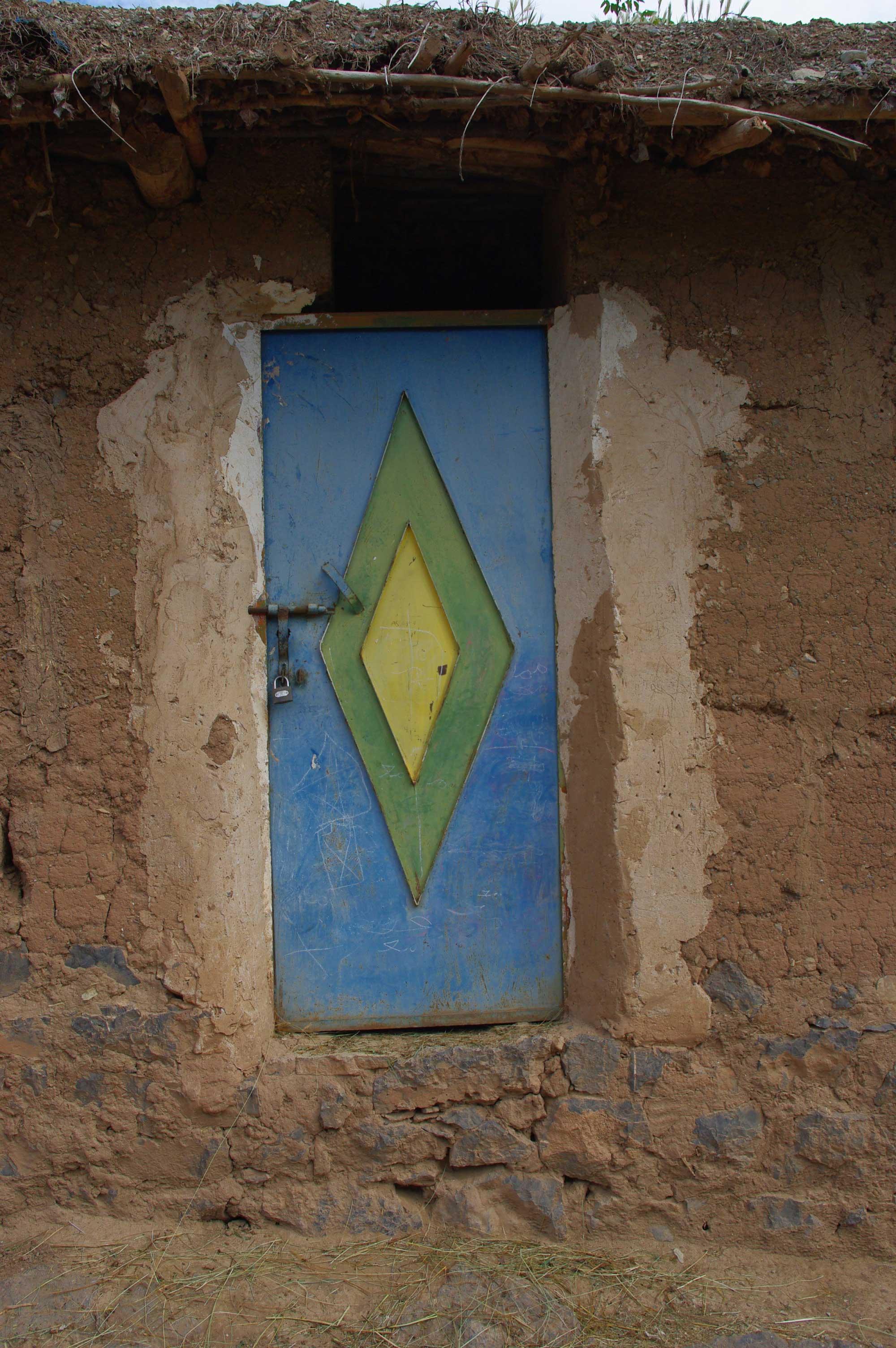 Maroc la vie sociale des images - Porte peinte en deux couleurs ...