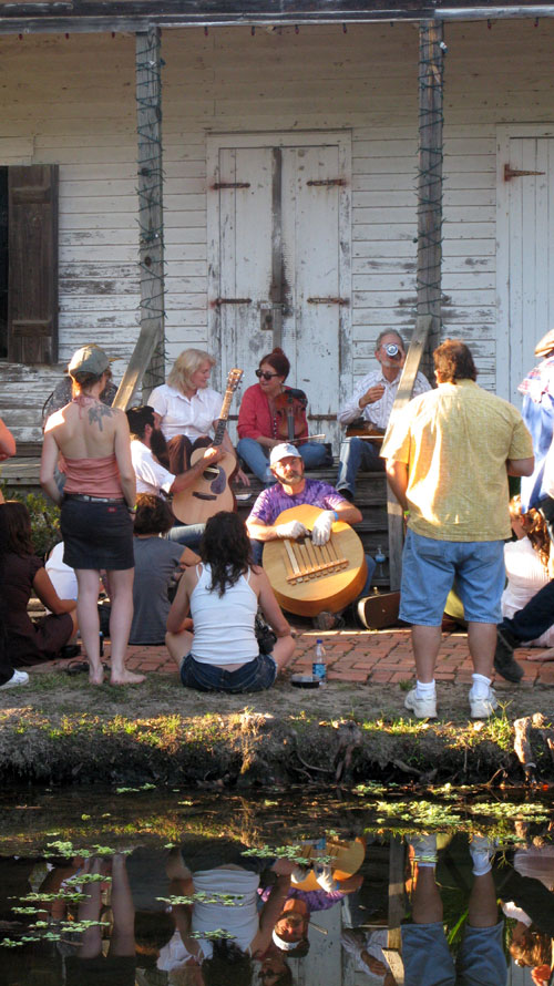 Jam with two major figures of old-time music, Tracy Schwartz and Ginny Hawker, Blackpot Festival, 2010, Lafayette