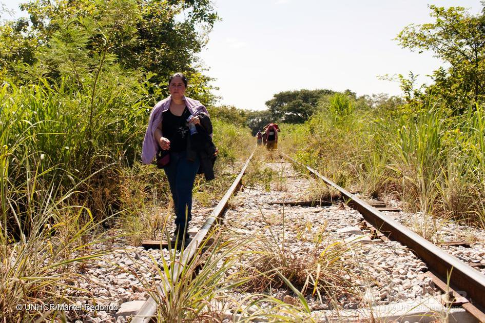 womenmigrants_UNHCR