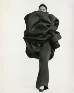 1967_BalenciagaArchives_NrH086D0001-PM01-1