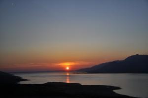 z-coucher de soleil sur l'adriatique