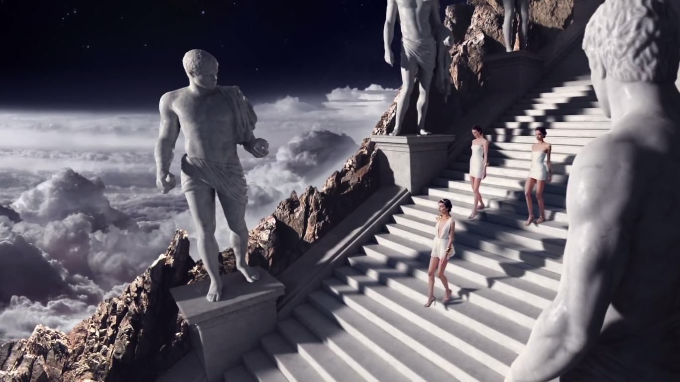 Olympea statues