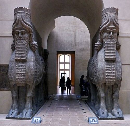 Les deux statues de Lamassu de Dur-Sharrukin (Musée du Louvre) (Poulpy 2012)