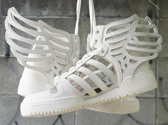 31-jeremy-scott-adidas-originals-wings-2-cut-out