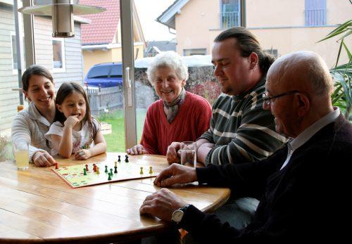 Foto: Herbstzeit - Betreutes Wohnen für alte Menschen in Familien