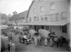 Lagergebäude des Konsumvereins in der Schuhstraße, nach 1913 (StaL N 9 Fotoarchiv Ohle (Depositum Alt Lemgo / Mische) GPG 169)