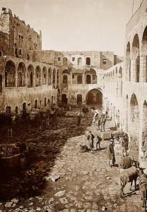 Le Khan al-Wakala au début du vingtième siècle. Coll. Library of Congress.