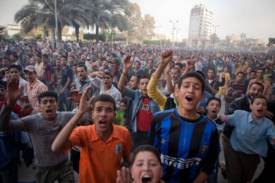 A demonstration in Mahalla, Egypt on 7 April 2008, the day after a strike was shut down by government forces sparking a series of uprisings. - James Buck / PBS. Licence : CC By-SA 3.0