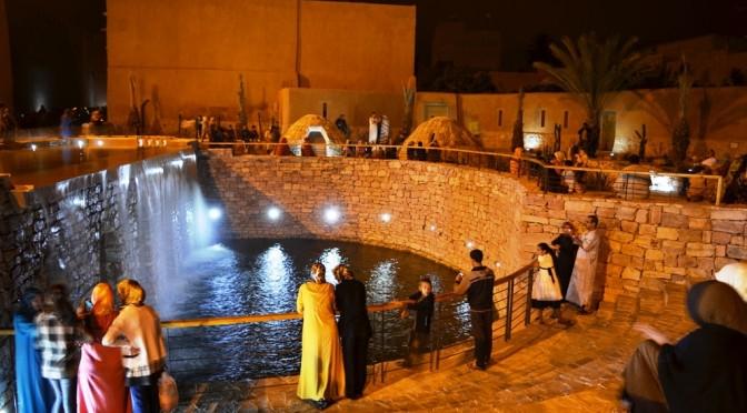 Visites nocturnes en famille ou entre amies à la source historique durant le mois de Ramadan