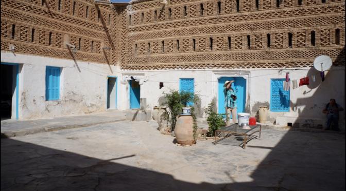 Ethnographie de l'habité : trois houchs à Nefta
