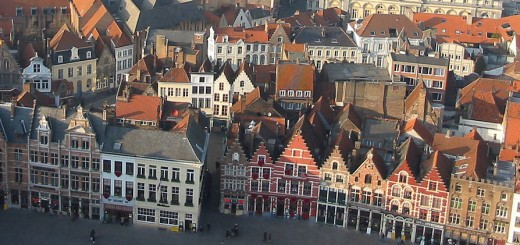 Donar Reiskoffer, View of historic downtown Bruges. Licensed under the Creative Commons Attribution-Share Alike 3.0 Unported license via Wikimedia Commons: https://commons.wikimedia.org/wiki/File:Bruges_view_from_the_belfry.JPG