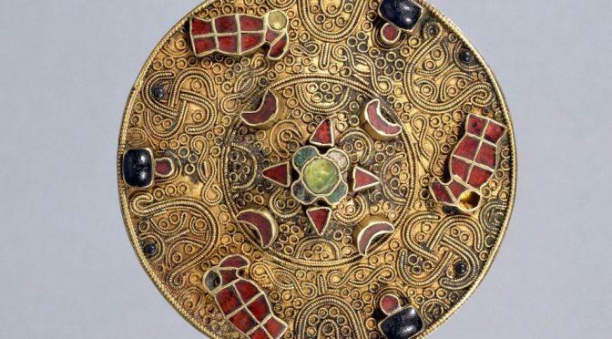 """""""Les Temps Mérovingiens"""", au Musée du Moyen Âge de Cluny"""