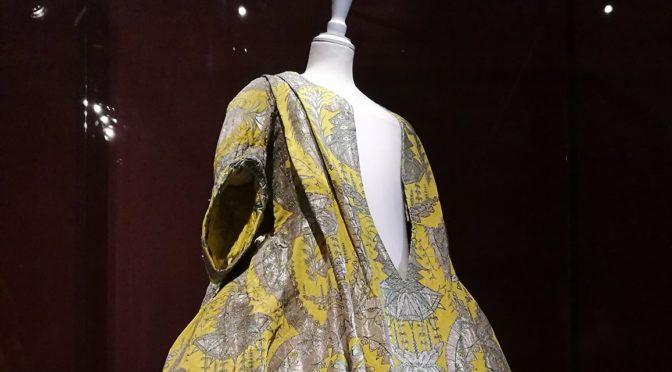 De l'armoire au compactus : le patrimoine vestimentaire à l'épreuve du temps au Palais Galliera, par Joséphine Grimm