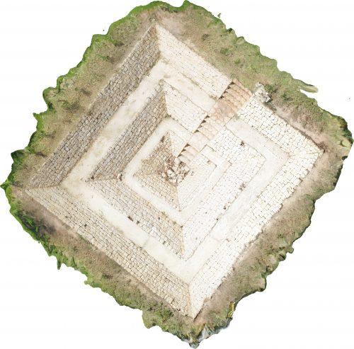 Ortho-photo de la pyramide inversée (Photo CIPA)
