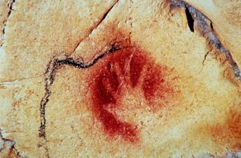 Main négative dans la grotte Chauvet (-30 000 ans av JC)