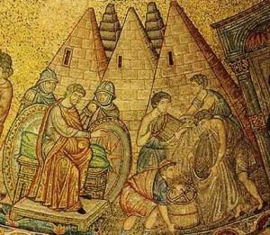 Josef vor den als Pyramiden dargestellten Kornspeichern. Diese Vorstellung war im Mittelalter durchaus populär (Mosaik in der Basilica di San Marco, 13. Jahrhundert; Quelle:WikiCommons, gemeinfrei).