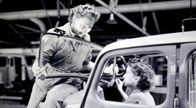 Deux femmes en voiture