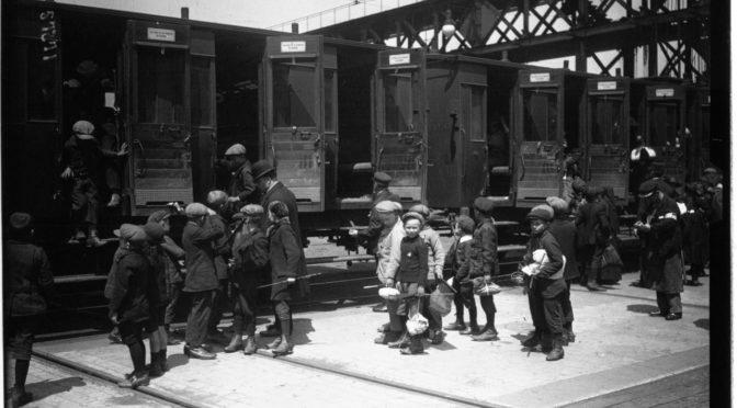 """""""Voilà les boches"""" : mémoire d'une réfugiée de la Grande Guerre"""