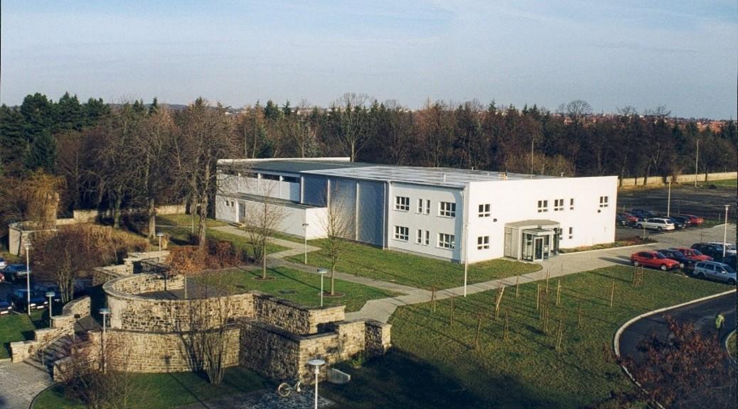 LAW 2001 Archivgebäude 2Banner