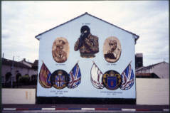 "Crowely T., 2000, ""Loyalist mural, Hopewell Crescent, Lower Shankill, West Belfast"" Clarmont Colleges Digital Library, http://ccdl.libraries.claremont.edu/cdm/singleitem/collection/mni/id/124/rec/4"