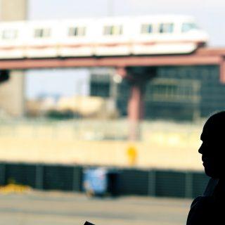 2015_05_Life-of-Pix-free-stock-photos-city-man-shadow-train-leeroy