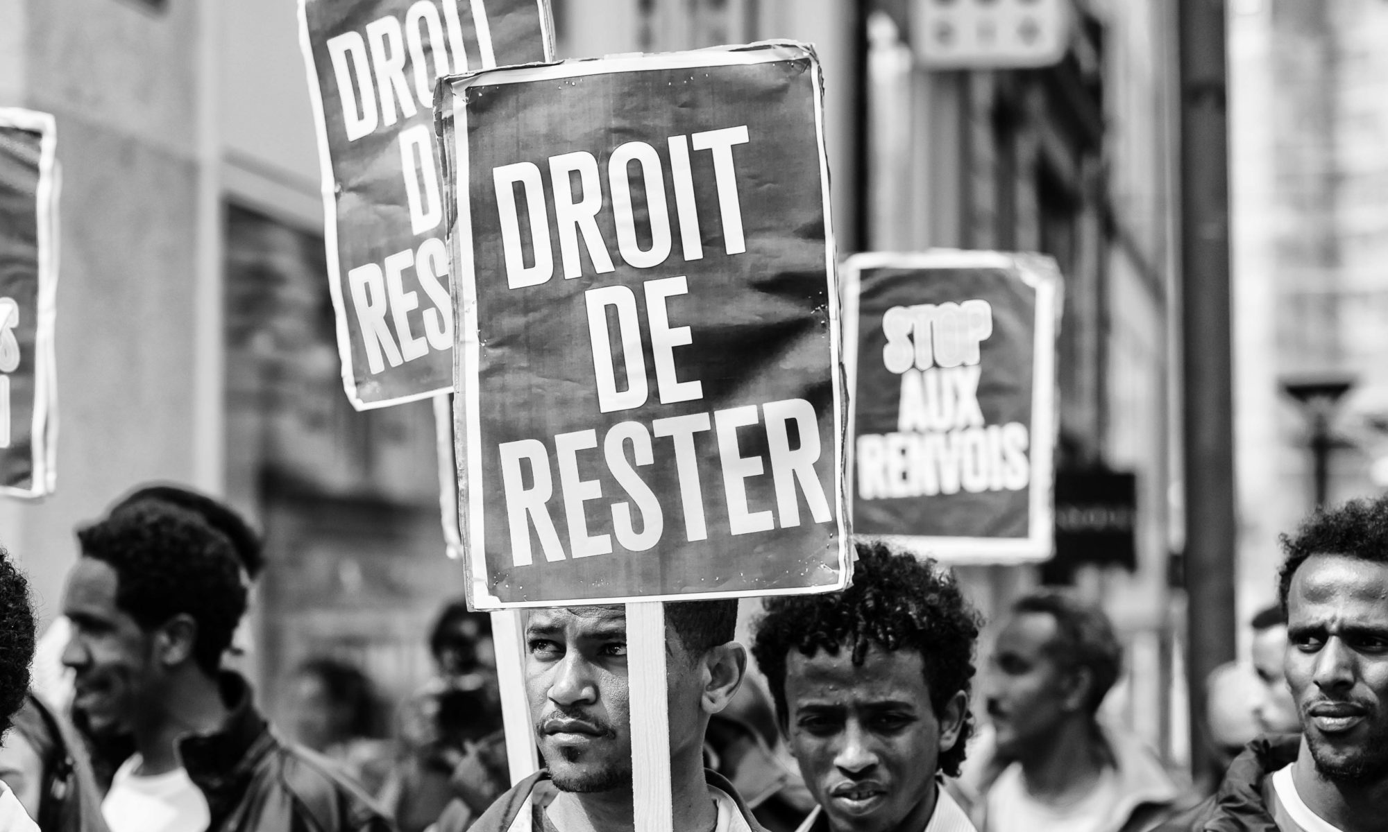 Manifestation pour le droit des migrant-e-s (Lausanne, le 9 mai 20105). Crédits : DeGust-CC-BY-NC-ND
