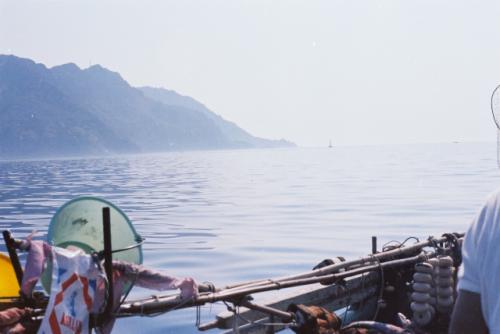 Prise de vue sur la mer depuis le bateau - Fonds Henri-Paul Brémondy