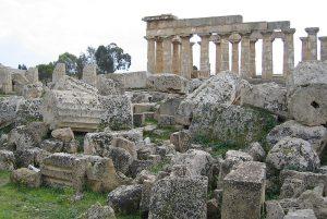 Überreste der alten griechischen Siedlung Selinus in Selinunte auf Sizilien. Foto: Evan Erickson.