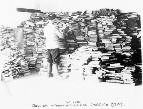 260-PHOAD-III-39 : Wilna Jewish Wissenschafliche Institute (YIVO). NARA M1942. Photographs relating to recovered books and artifacts processed at the Offenbach Archival Depot in Germany after World War II.