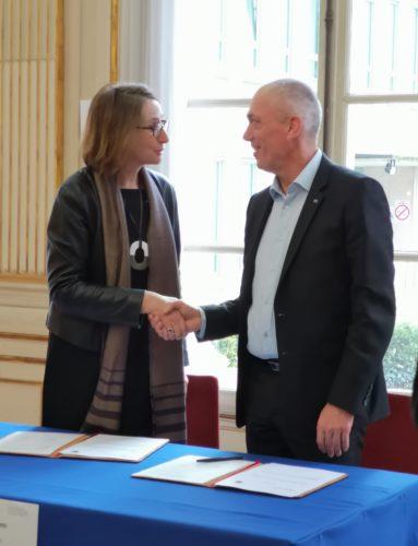 Laurence Engel, présidente de la Bibliothèque nationale de France et Antoine Petit, président-directeur général du CNRS