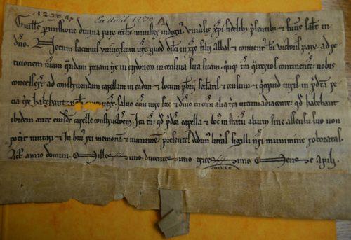 Archives Nationales L//893/n°12 recto. Cette charte victorine datée de 1230 a une calligraphie du style SV-XIIIe-A.