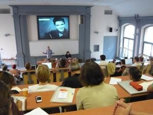 """""""Les nouveaux usages en bibliothèques universitaires"""" by Daniel Bourrion. Electronic publishing Summer university September 2009."""