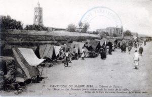 Campagne du Maroc 1914 - Colonne de Taza - Les premiers souks établis sous les murs de la ville