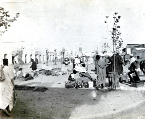 Maroc 1915 - Marchands de vieilleries